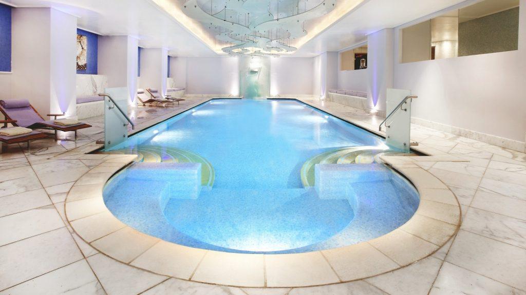 hd-hotel-grande-bretagne-athens-gbspa-indoor-pool