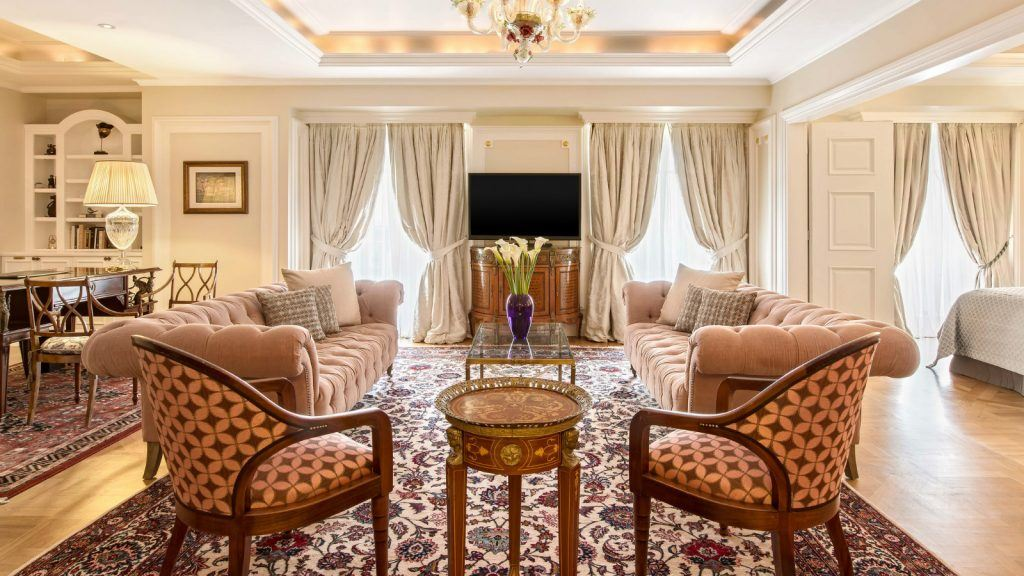 executive-grand-suite-living-room-king-george-hotel-athens