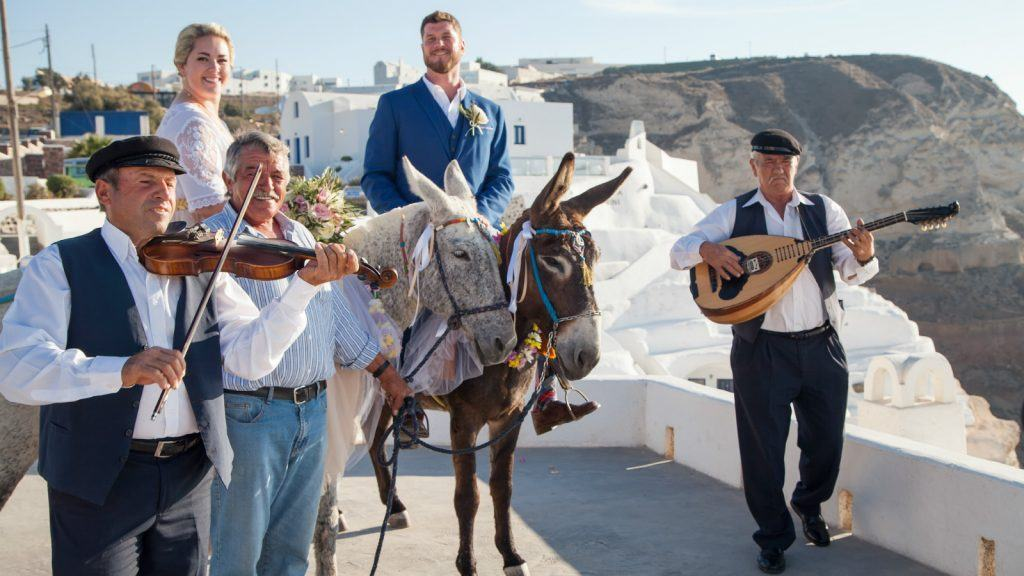 journey-greece-mystique-vedema-hotel-luxury-weddings-santorini