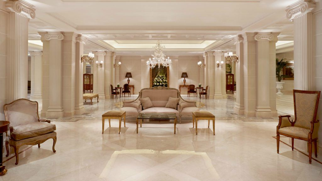 lobby-at-the-king-george-hotel-athens-marble-decorated-boutique-hotel-luxury-collection