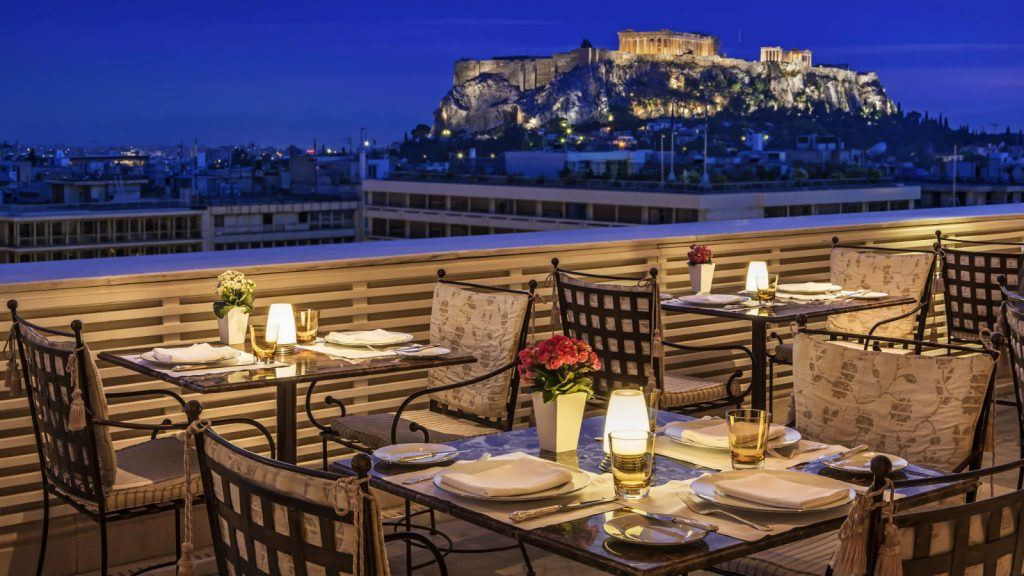 romantic-dinner-at-the-tudor-hall-restaurant-with-amazing-acropolis-views_king-george-athens_1600x900