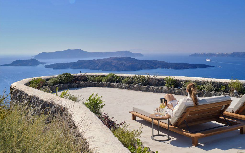 journey-to-greece-nafsika-estate-santorini-luxury-villa-view-from-terrace