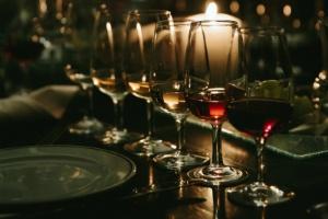 santorini-journey-to-greece-wine-tasting